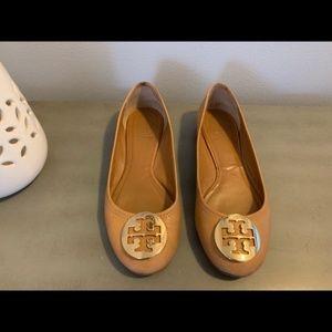 Tory Burch size 7.5 Reva Leather Flats